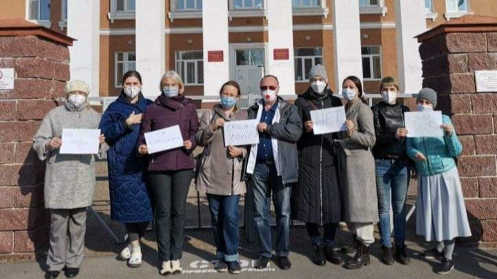 Медики Уфы призывают горожан не ходить на массовые мероприятия в День Республики