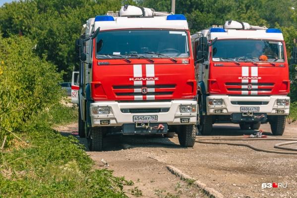 Пожарные справились за огнем за короткий промежуток времени