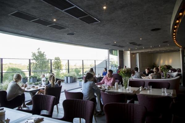 На время коронавирусных каникул ресторан закрыт