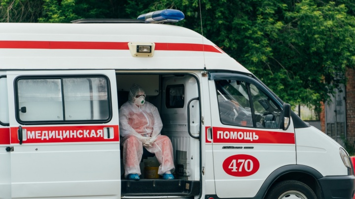 «Поступил с 30 процентами поражения, выписался с 45»: омичка пожаловалась на лечение пневмонии