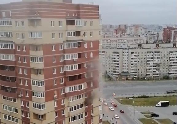 Из тюменской высотки экстренно эвакуировали людей