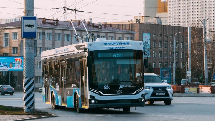 В Омск привезли последнюю партию троллейбусов «Адмирал»
