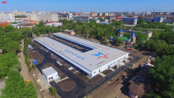 Губернатор рассказал, почему не используют новый медцентр для больных COVID-19 в центре Омска