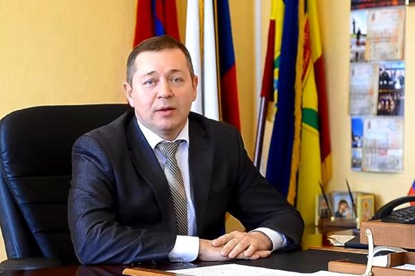 Харитоненко освободил кресло Тюрину, а сам перешел на должность руководителя Центра соцзащиты