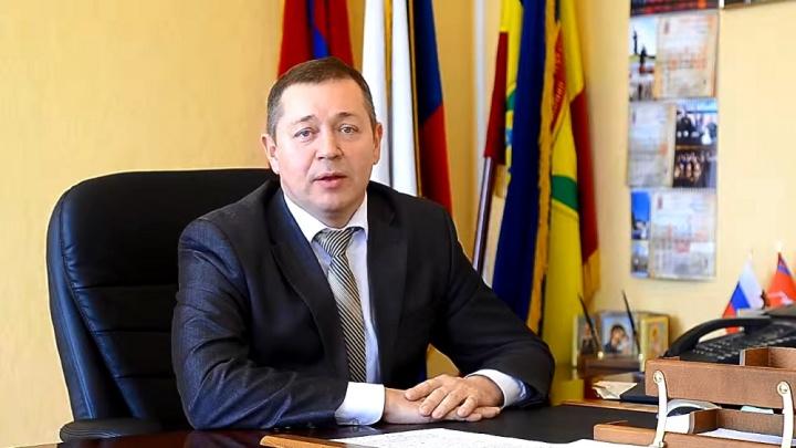 «Собирал деньги на госпиталь, да и политически слаб»: уволен глава Калачевского района Петр Харитоненко