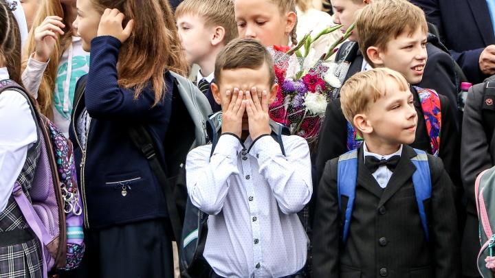 Злобин рассказал, сколько классов и групп в детсадах закрыты на карантин