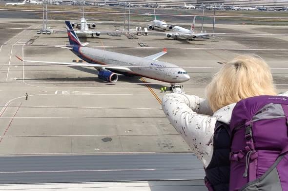 Екатеринбургские туристы хитростью попали на эвакуационный борт из Токио