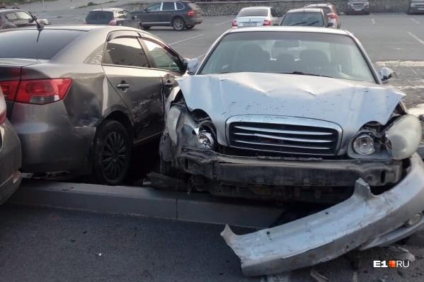 В ДТП получили повреждения три автомобиля