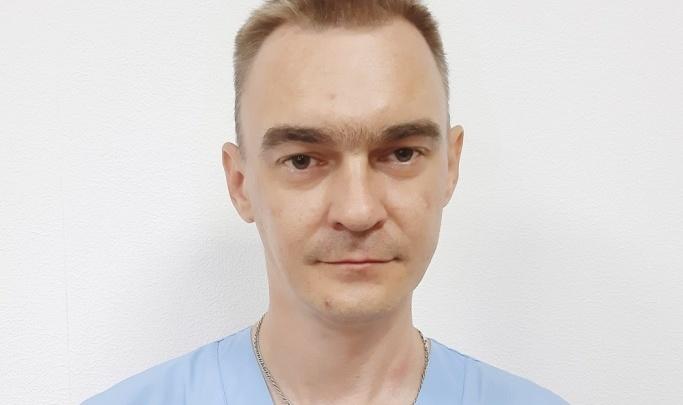 «Один работал в инфекционном боксе»: у найденного в Николаевской ЦРБ врача не выдержали нервы