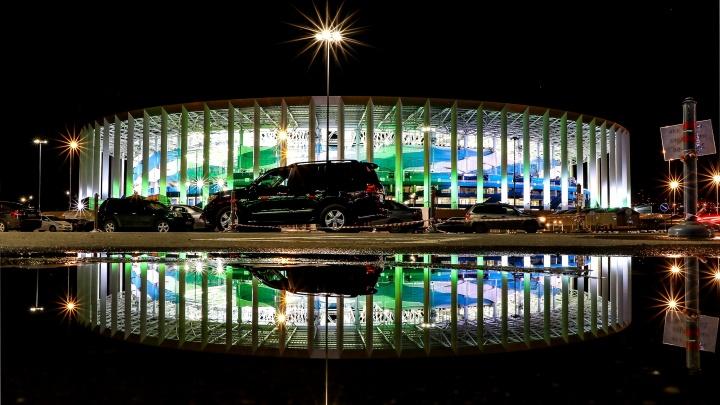 На парковке стадиона «Нижний Новгород» появится бесплатный автокинотеатр