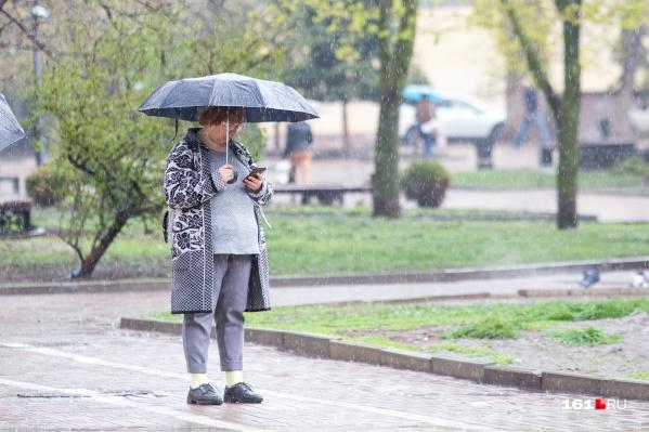 В этот понедельник лучше остаться дома — погода не выправится до вечера