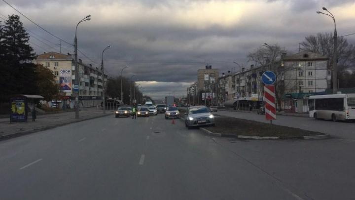 В Самаре водитель сбил ребенка на самокате