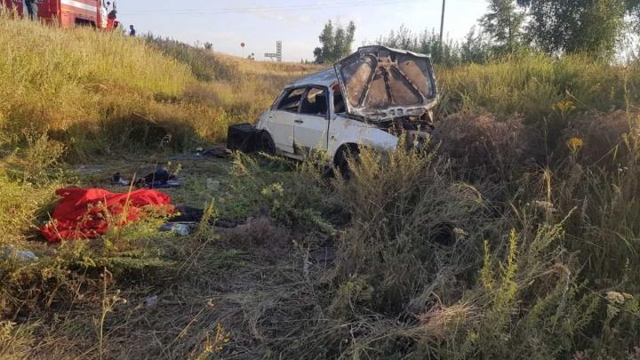Капот смяло, как бумагу: в Самарской области погиб 15-летний водитель «девятки»