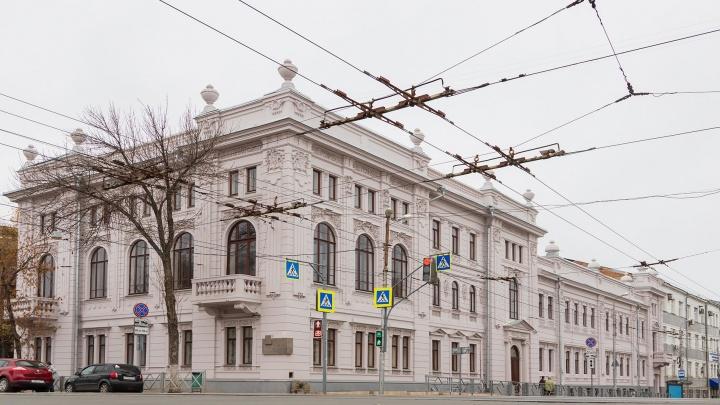 В Самаре сняли леса со здания колледжа на Льва Толстого