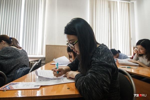 Вуз продолжает учиться в обычном режиме, несмотря на пандемию