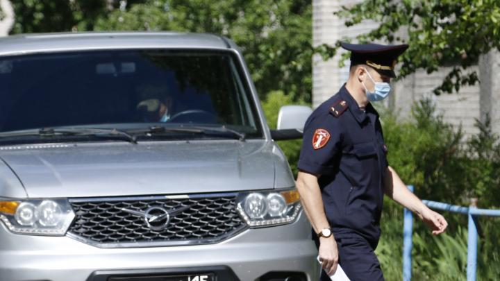 Почему в Архангельске не вводят повсеместный обязательный масочный режим