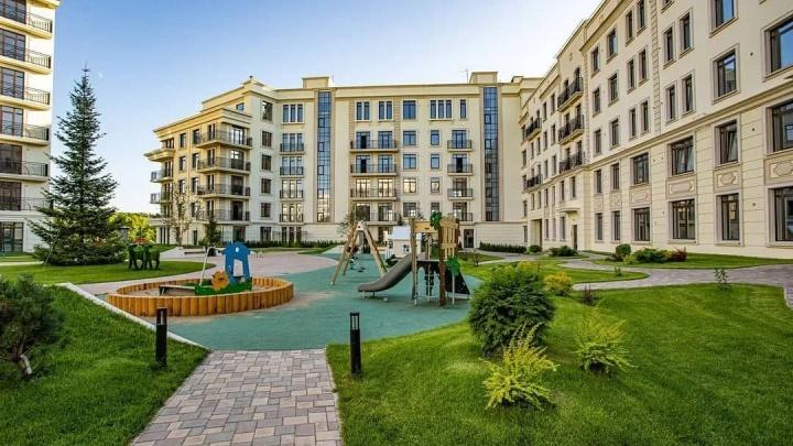 Уникальная частная школа, собственный стадион: что еще построили в Жуковке