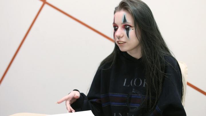 «Срывалась, плакала, хотела всё удалять»: челябинская школьница стала звездой TikTok