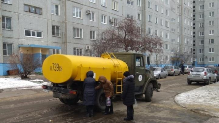 Жители нескольких домов в Нефтяниках на целый день останутся без холодной воды