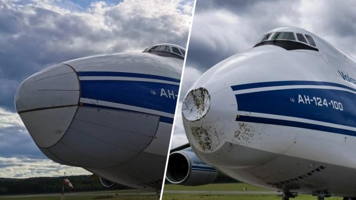 В красноярском аэропорту восстанавливают самолет, в который при посадке ударила молния