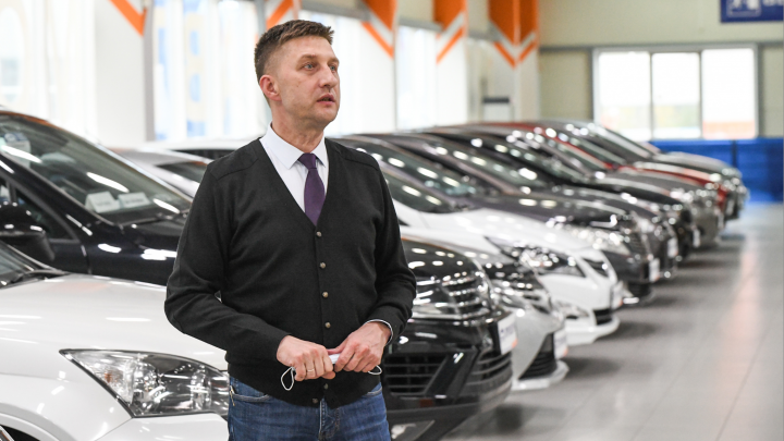 Директор «Березовского привоза»: «Из-за коронавируса на рынке возник дефицит хороших автомобилей»