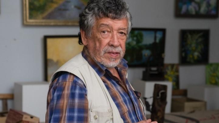 В Перми от коронавируса скончался знаменитый художник Равиль Исмагилов