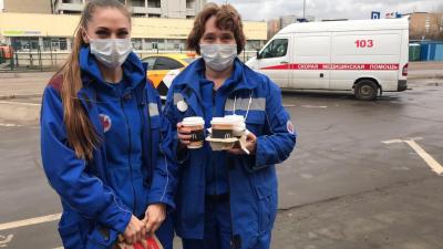 «Макдоналдс» начал бесплатно кормить медиков скорой помощи в Уфе