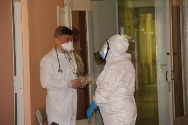 В отделении районной больницы Каслей начали долечивать пациентов с ковидными пневмониями