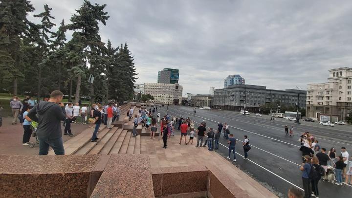 Участники акции солидарности с Хабаровском заявили о задержании семи человек в Челябинске