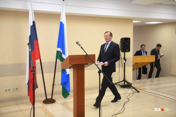 Замгубернатора Павел Креков сообщилна брифинге о возможности создания электронной системы