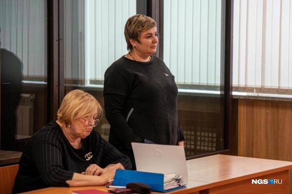 Елена Муренко (на фото справа) отказалась комментировать решение суда