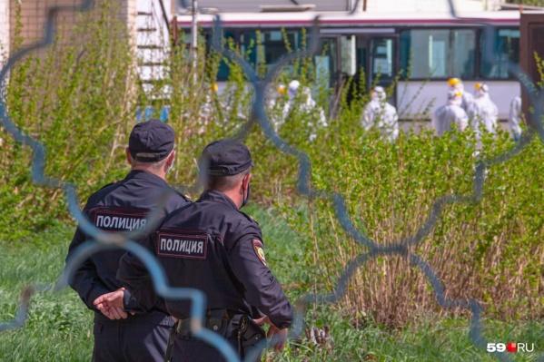 8 мая вахтовиков встретили в пермском аэропорту