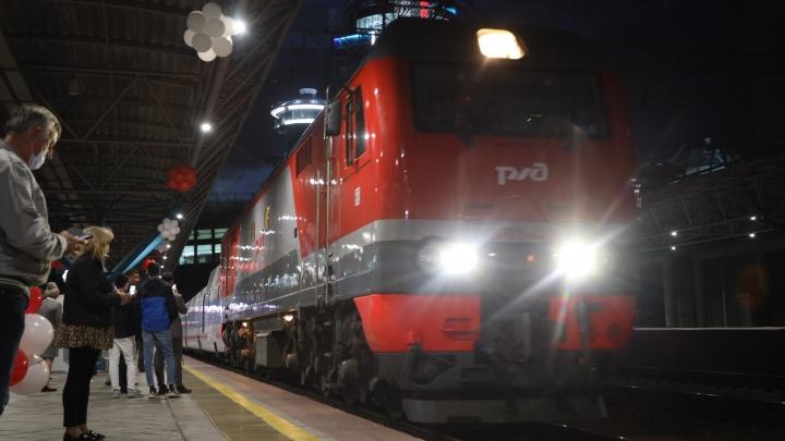 Между Самарой и Санкт-Петербургом начал ездить скоростной поезд «Стриж»
