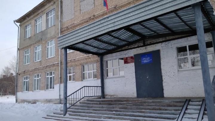 Мама из Добрянки запретила школе измерять температуру ее дочери и пригрозила уголовкой. Разбираемся в ситуации