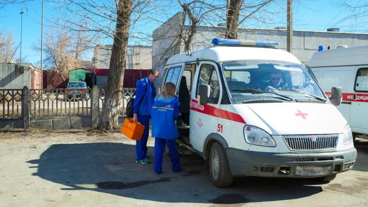 «Могут тормоза отказать»: зауралец рассказал об аварийном состоянии машины скорой помощи в деревне