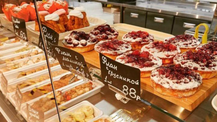 «Нельзя просто взять и пройти мимо»: репортаж из нового кафе русской кухни на Юго-Западе
