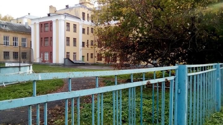 Губернатор пообещал отремонтировать одну из старейших школ Канавина
