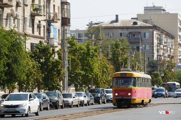 В качестве альтернативы трамваю мэрия предлагает маршрутку