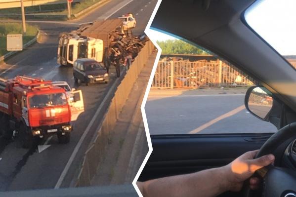 За рулём грузовика ехал 63-летний водитель