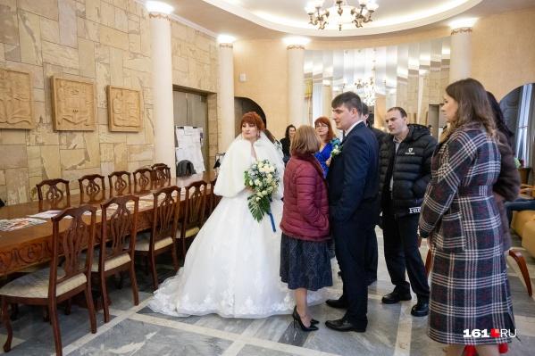 29 февраля, несмотря на редкую дату, ростовчане не хотят жениться