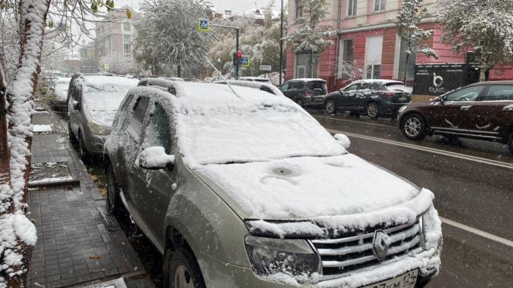 После консультации с учеными в Красноярске выбрали новый противогололедный материал
