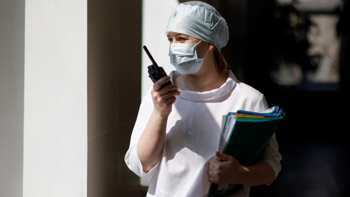 «Медперсонал должен быть мобильным»: 50 тысяч волгоградских врачей получат деньги на проезд в транспорте