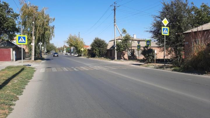 Автомобиль сбил девочку на пешеходном переходе в Ростове