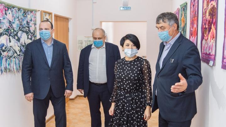 В омской школе искусств № 12 появились новые классы для занятий театральной студии