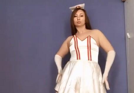 «Влезла в 44-й размер одежды»: светская львица Сания Тимасова опубликовала видео в нескромном наряде