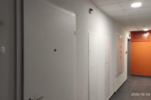 Заехать в свою квартиру екатеринбуржец еще не успел — у него были замечания по отделке