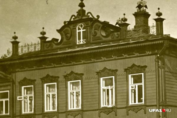 Так выглядел фасад усадьбы Гурылева