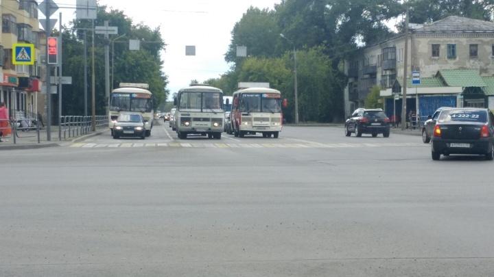 В Кургане перевозчиков уличили в нарушениях регулярности рейсов