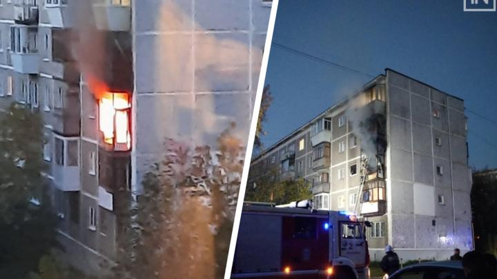 «Пытался сжечь квартиру»: в Екатеринбурге полиция задержала парня, который устроил пожар в пятиэтажке