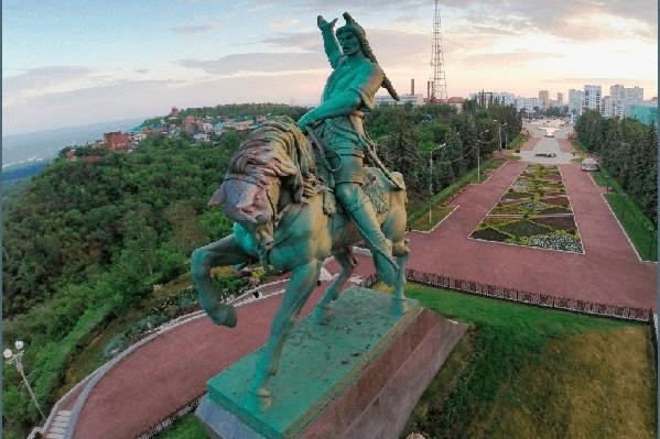Памятник Салавату Юлаеву стал визитной карточкой Уфы